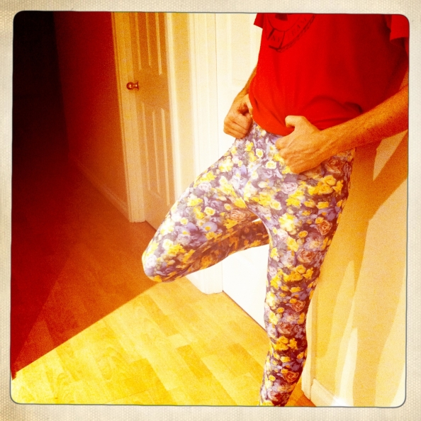 modelling awesome leggins hipsta